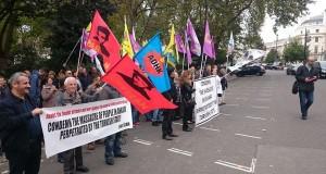 Büyükelçilik önünde yapılan eylem