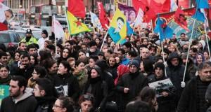 Londra'da Türk devleti protesto edildi Londra'da Türk devleti protesto edildi